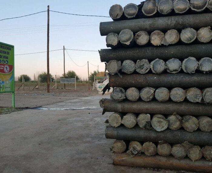 #Sustentabilidad: Los postes argentinos de plástico reciclado que quieren evitar la tala de 1,5 millones de árboles