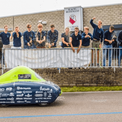Delft University team breaks world record for longest distance travelled in a hydrogen vehicle
